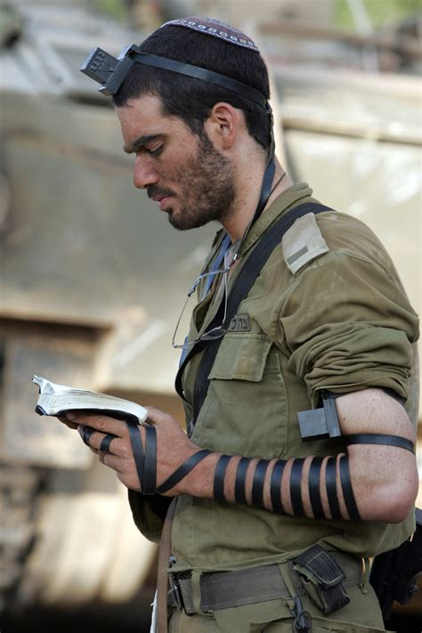 Idf Soldier file idf soldier put on tefillin jpg wikimedia commons