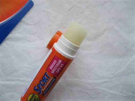 banana boat sport performance sunscreen lip balm review - Banana Boat Sunscreen Lip Balm Review