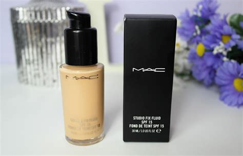 Mac Studio Fix Fluid Foundation zoe georgina mac studio fix fluid foundation nc20