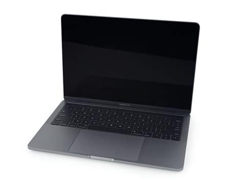 Macbook Pro touch bar搭載の新型 macbook pro をifixitがバラバラ分解 touch barの交換は非常に