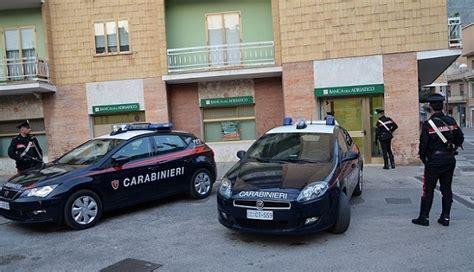 Banca Dell Adriatico Venafro by Isernia Rapina In Banca Custiodia Cautelare Per Tre Persone