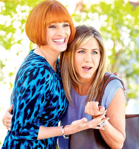 jennifer aniston julia roberts exclusive still julia roberts and jennifer aniston in
