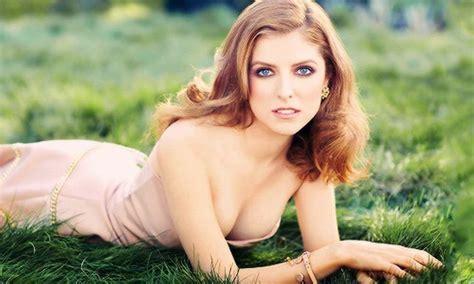 hottest celeb photos 20 hottest female celebrities under thirty