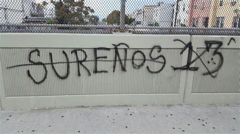 gang graffiti  sur  tags gravesend overpass bklyner