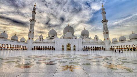 beautiful view  sheikh zayed mosque  abu dhabi uae