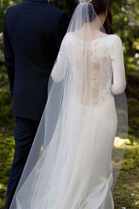 the dress bella swan s twilight wedding dress replica hits stores