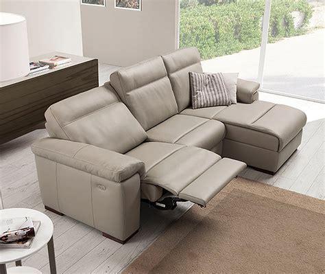 divani e divani poltrone relax divano loryan relax pelle 2 posti
