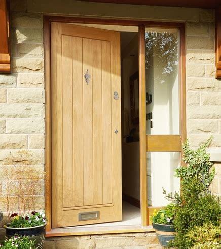 Howdens Exterior Doors External Dordogne Oak Door External Hardwood Doors