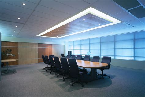 What?s the latest design trend in the boardroom and