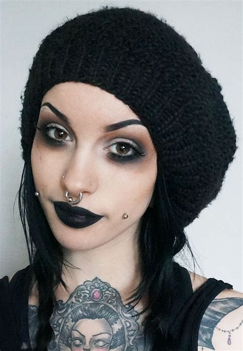 skulls that belinda peregrin wears in hair 17 best images about best makeup looks ideas on