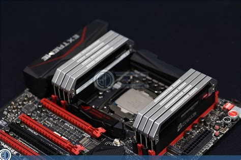 Memory Ram Ddr4 Corsair Dominator Platinum Rog Cmd16gx4m4b3200c16 4x 1 corsair dominator platinum 64gb ddr4 up rage v memory oc3d review