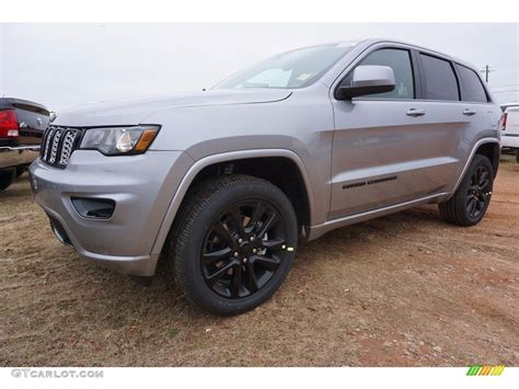 jeep grand cherokee limited 2017 silver 2017 billet silver metallic jeep grand cherokee laredo