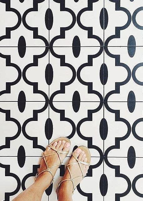 instagram trend  proves flooring   boring