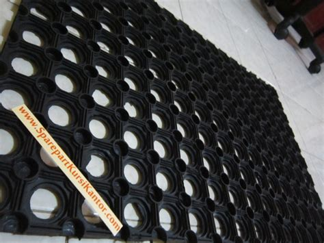 Karpet Meteran Untuk Kamar Jual Keset Karpet Karet Lantai Multiguna Untuk Kamar Mandi Dll Sparepart Kursi Kantor