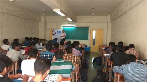 Mba From Mithibai College by Cat Cmat Gmat Gre Clat Coaching Institute In Vile