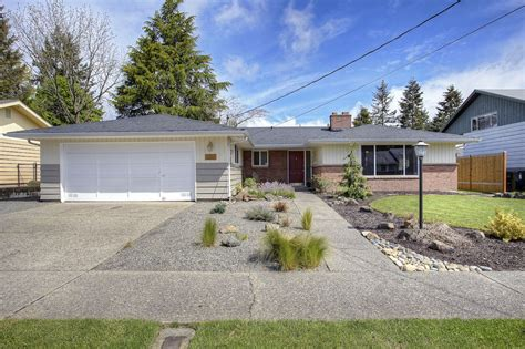Updated 3 Bedroom 1 75 Bath South Everett Home For Sale Youtube | updated 3 bedroom 1 75 bath mid century rambler in tacoma