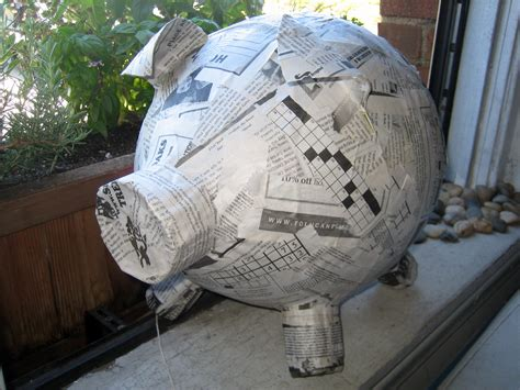How To Make Paper Mache Without Newspaper - how to make a papier m 226 ch 233 pig pi 241 ata 171 renters in