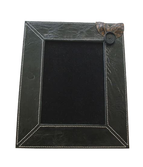 buy leather photo frame gift crabrocks leather photo frame buy crabrocks leather photo frame at best price in india on snapdeal