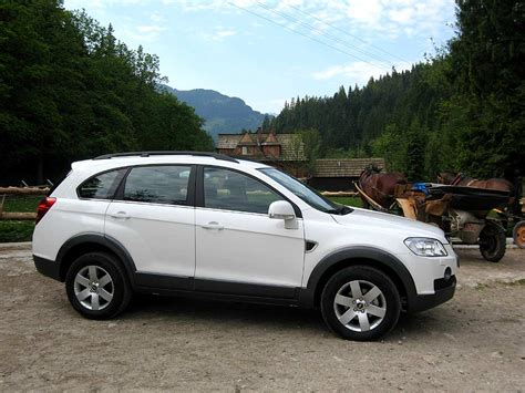 Chevrolet Captiva 2 0 chevrolet captiva 2 0 lt reviews prices ratings with