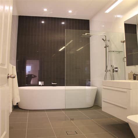 Modern Bathtub Shower Design Decoration Modern Bathroom Tub