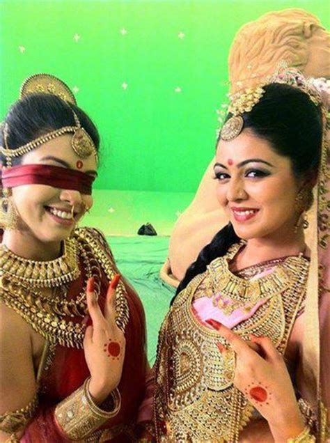 hindi film mahabarata mahabharat s gandhari and kunti are thick friends off