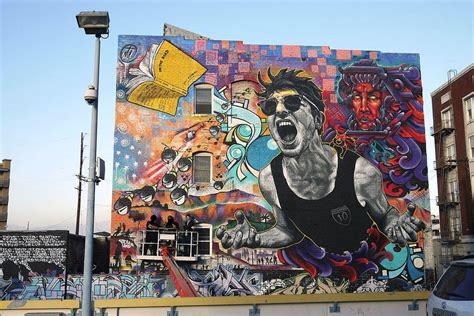 Shark Wall Murals mateo est un artiste de street art qui laisse derri 232 re lui
