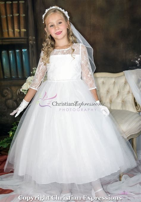 Lace First Communion Dresses with Sleeves   Classy Firsts Communion Dresses   Princess First