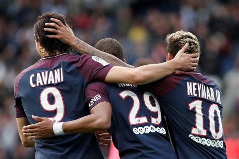 Calendrier Ligue 1 Troyes Psg Le Match Psg Troyes Diffus 233 En Clair Football Sports Fr