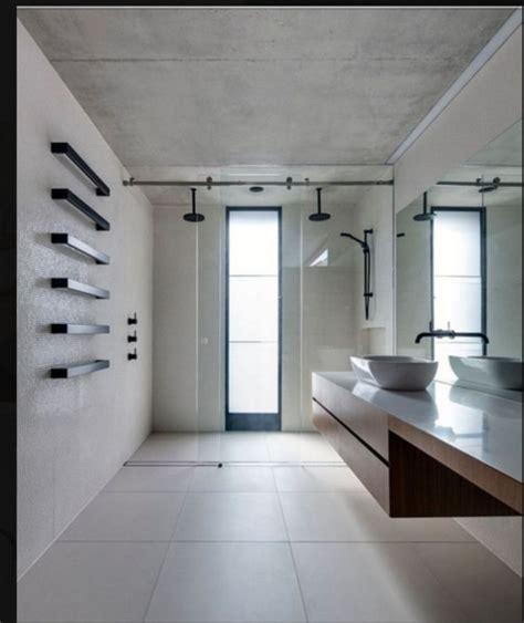 bagni con doccia a pavimento doccia a pavimento e sanitari sospesi