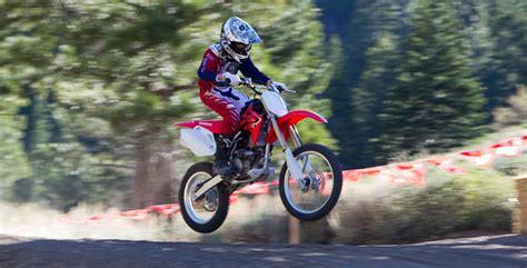 honda 150 motocross bike 2017 honda crf150r dirt bike review specs price bikes