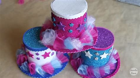 como hacer pelucas de payasos sombrero de payaso en goma eva manualidades en goma eva