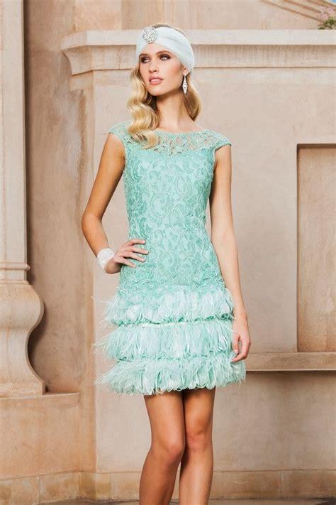 vestidos de fiesta vestido de fiesta corto blonda con plumas modelo 1150069