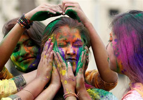 happy holi  pictures facts  join indias