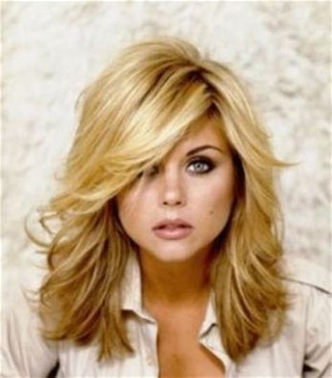 1970s hair shoulder length 22 best farrah hair images on pinterest beautiful women