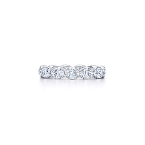 oval band ring in platinum kwiat wedding ring