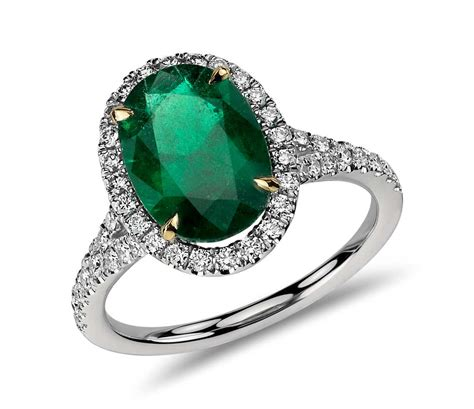 oval emerald and ring in platinum 3 01 cts