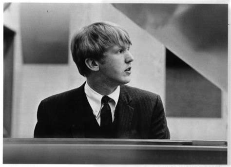 harry nilsson puppy song harry nilsson the person who seemed to write songs just for me tune baffoon