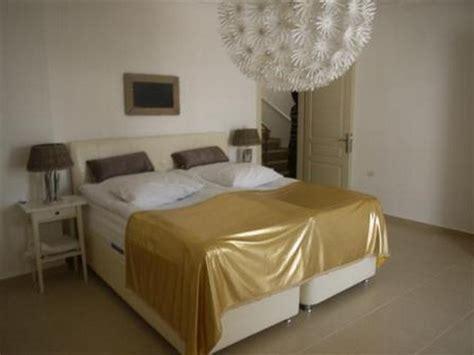 spacious 2 bedroom apartments spacious 2 bedroom akbuk apartment near beach
