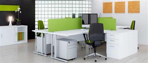 le de bureau verte mobilier de bureau 233 cologique pour collaborateurs motiv 233 s