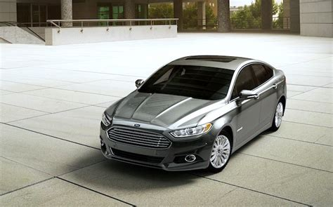 2015 ford fusion 2015 ford fusion hybrid se review