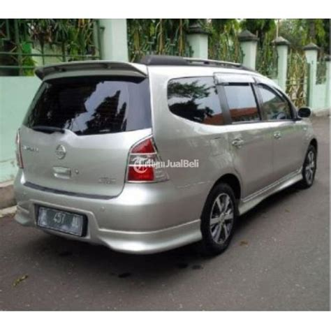 Nissan Grand Livina Hws 2013 by Mpv Second Bagus Nissan Grand Livina Hws 2013 Matic Semua