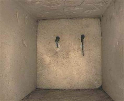 l interno delle piramidi dulcis in fundo