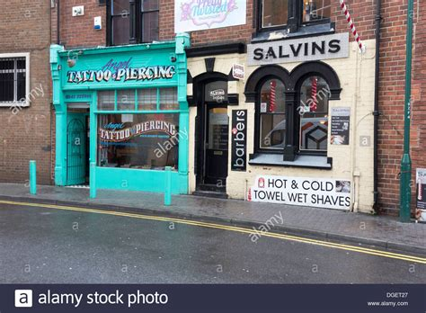 angel tattoo and piercing middlesbrough tattoo body piercing shop stockfotos tattoo body