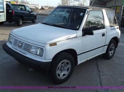 how cars engines work 1994 geo tracker navigation system 1994 geo tracker photos informations articles bestcarmag com