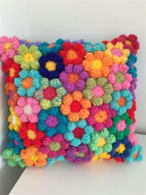 On On Cushion Flower 25 best ideas about crochet cushions on