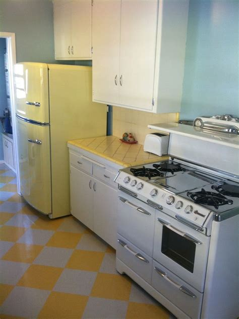 Vintage Kitchen Makeovers 17 Best Images About Coles Flooring Makeovers On