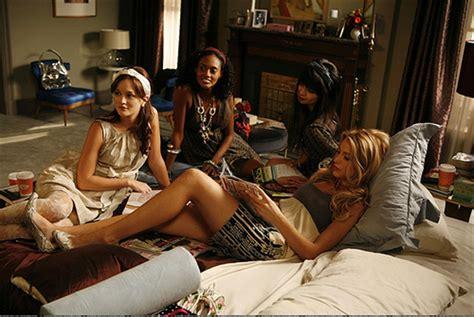 party themes gossip girl il beauty case per un pigiama party glamour it