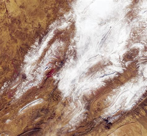 sahara snowfall space in images 2018 01 sahara snow