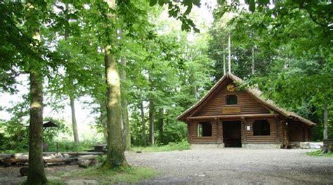 Waldhütte Mieten by Die Besten Waldh 252 Tten Im Kanton Jura