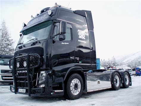 buy truck volvo volvo fh16 picture 13 reviews news specs buy car